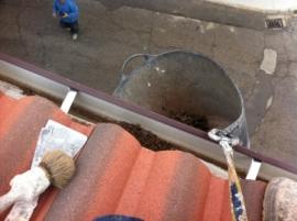 Limpieza de canalones en Sahagún